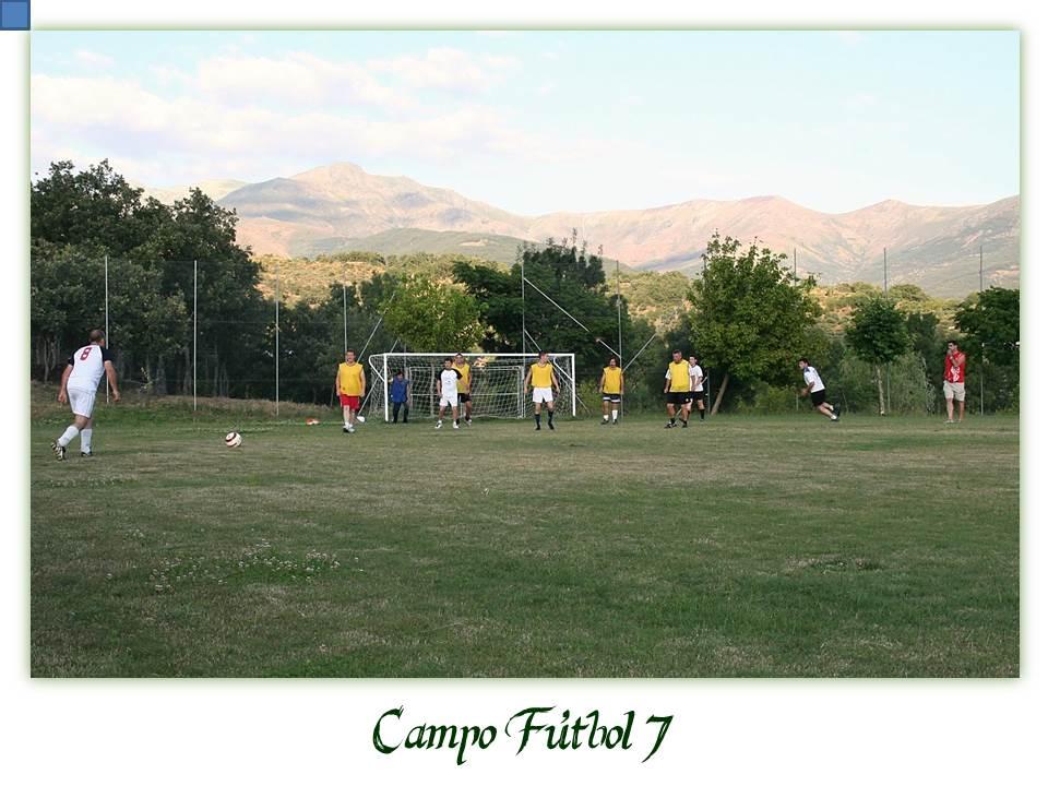 Instalaciones las ca adas camping bungalow las ca adas for Campo de tiro las mesas